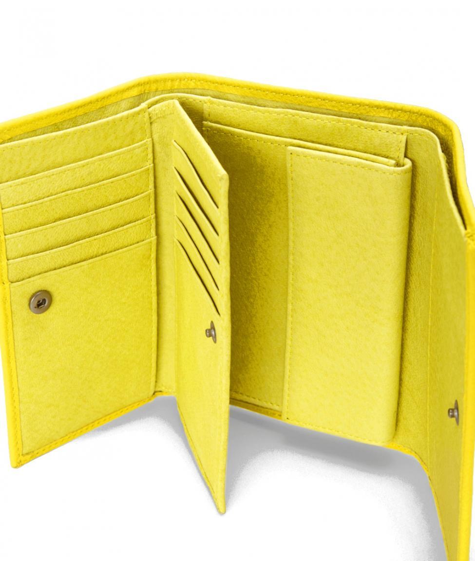 dbdcd88969479 Liebeskind Geldbörse PiperF8 Vintage Lime Zest Gelb - Bags   more