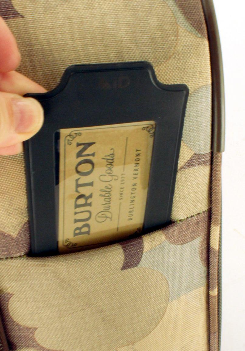 Burton Wheelie Flyer Handgepäckkoffer Brusshstoke Camo