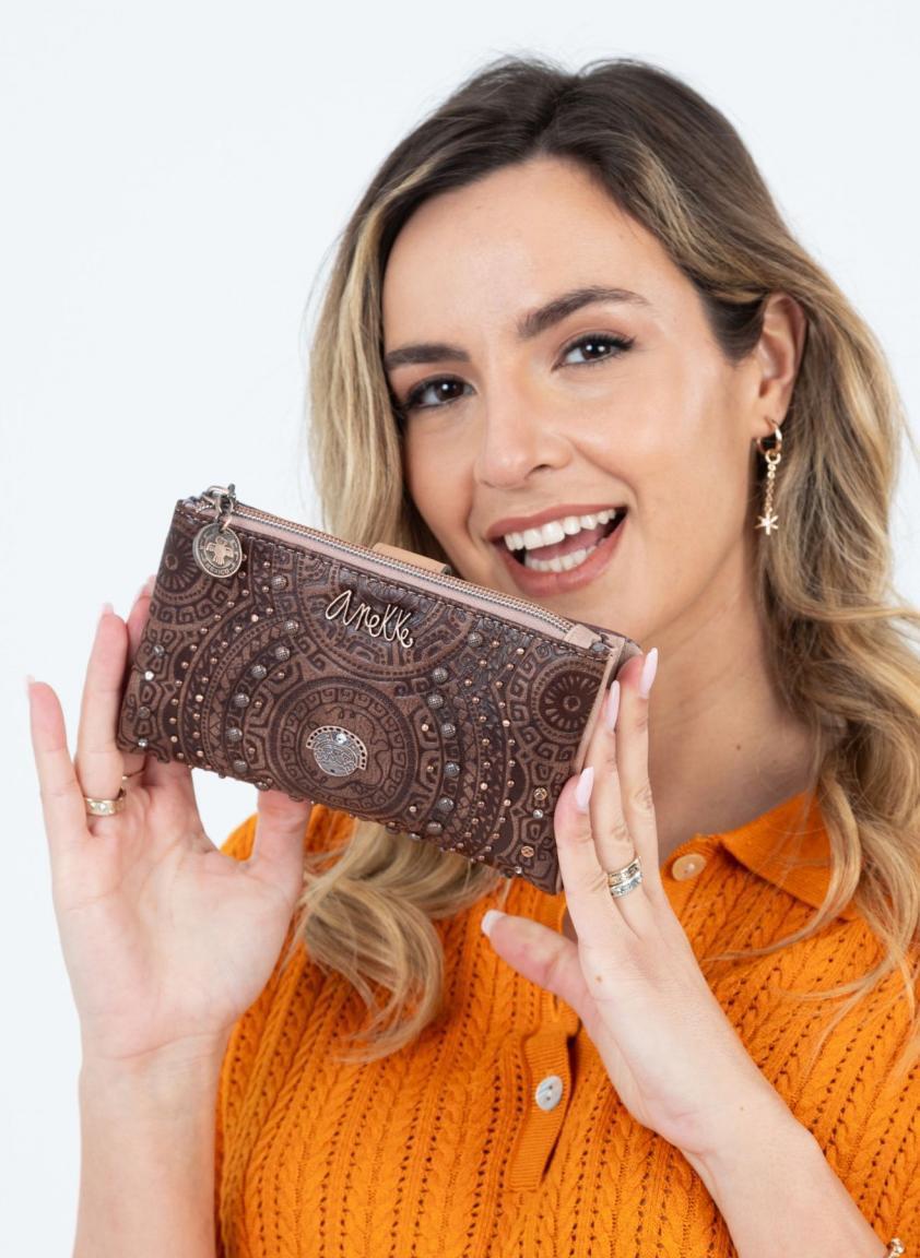 Damengeldbörse Anekke Ixchel braun viele Nieten und Steine