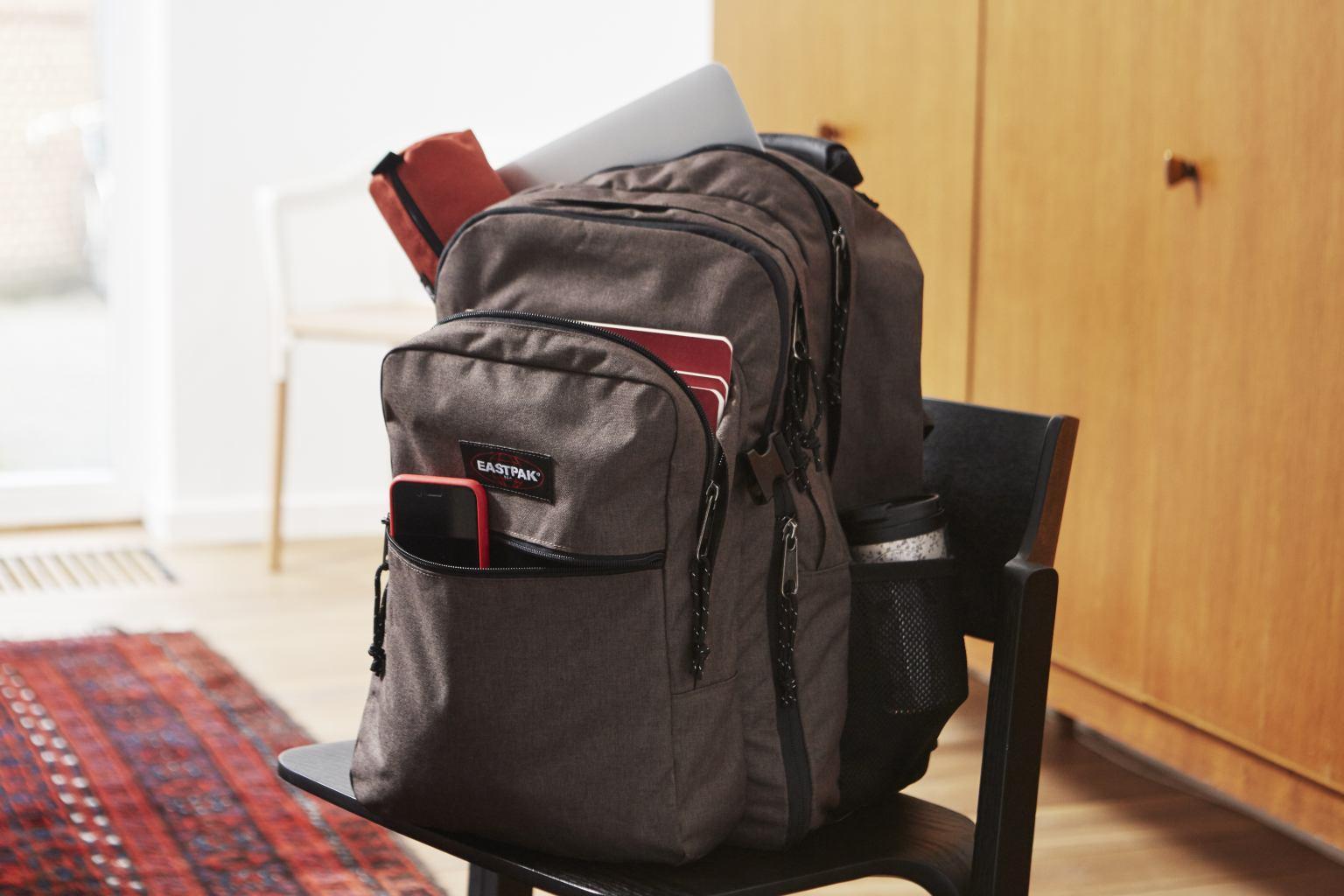 Eastpak Tutor Schulrucksack Laptop Schwarz