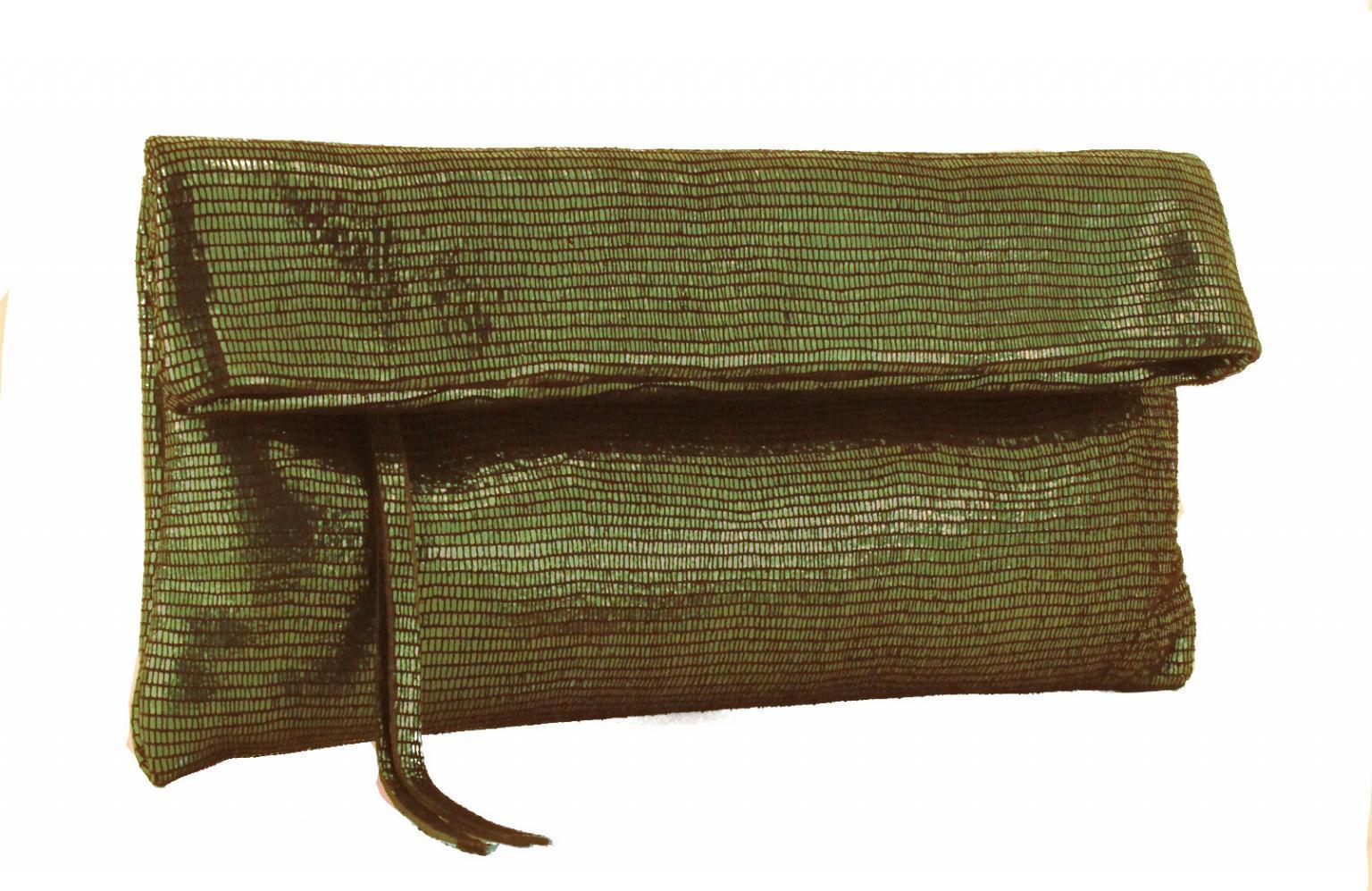 Gianni Chiarini Clutch Klapptasche Bottle grün Schimmer