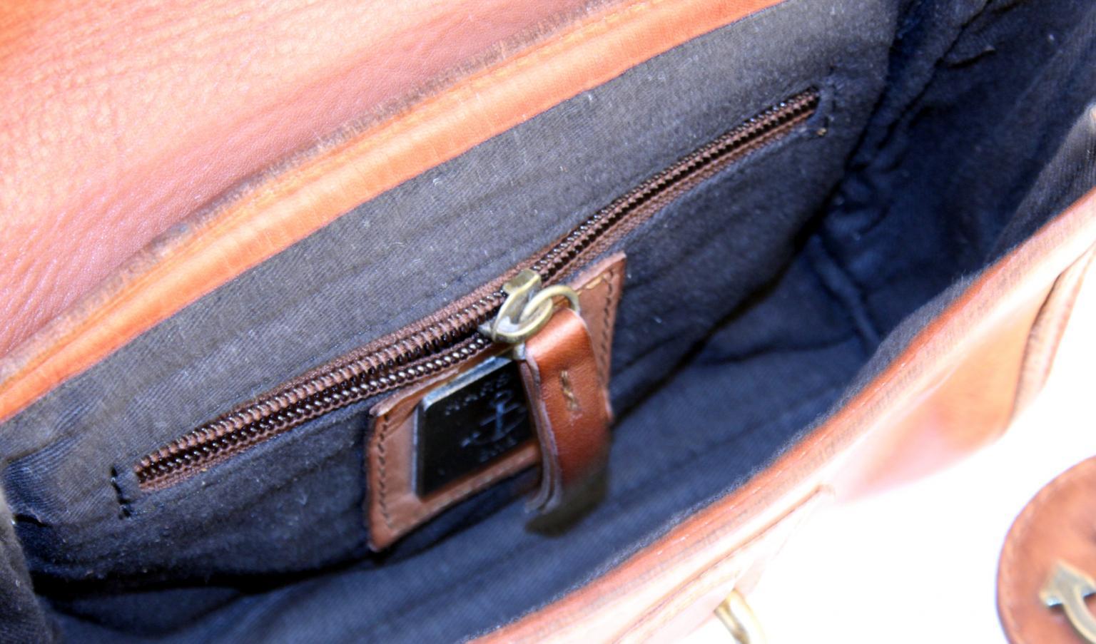 Harbour2nd Hüfttasche Erni Leder Ash schwarz