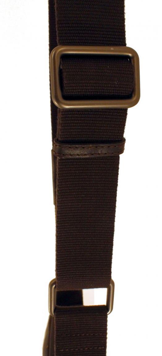 Strellson Goldhawk Umhängetasche Vintage Leder dunkelbraun